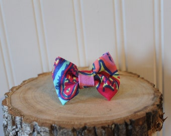 Lilly Pulitzer fabric hand sewn bow bracelet (Feelin' Groovy print)
