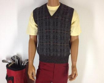 Size L Italian Made Mens V Neck Lana Wool Sweater Vest.
