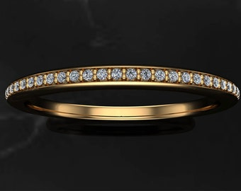 Diamond Half Eternity Ring on 18K Yellow Gold