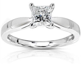 Diamond Engagement Solitaire Ring 1/2 Carat (ctw) in 14K White Gold