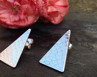 British handmade silver engraved patterned post earrings