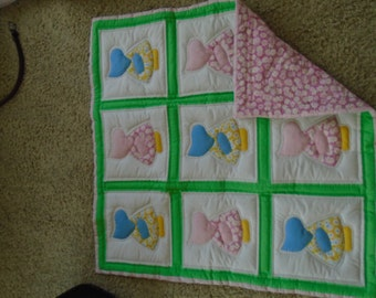 Dutch girl baby quilt