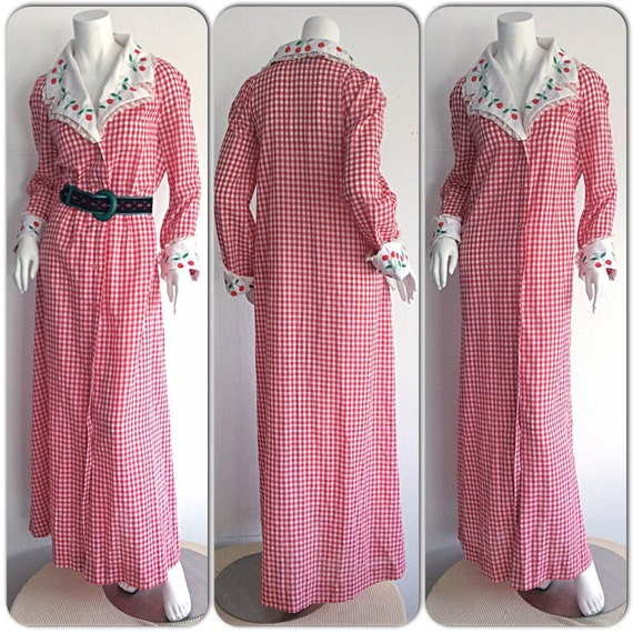 Saks Fifth Avenue Wedding Gowns: Vintage Saks Fifth Avenue Cherry Houndstooth Maxi Dress / Red