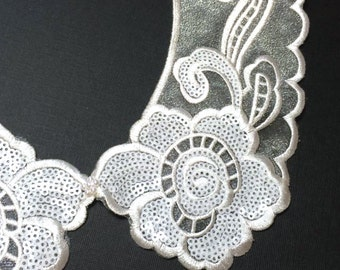 White Simple Embellished Peter Pan Collar