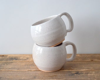 Speckled Mug Duo with handle - Stoneware and white glaze