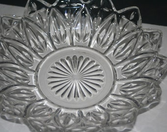 Vintage Glass,  Flower,  Fruit Bowl, Collectible