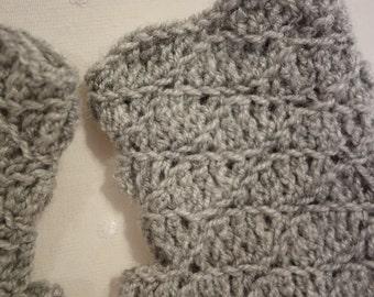 Handmade crochet fingerless gloves / handwarmers / wristwarmers / mittens
