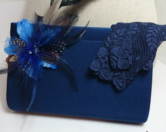 Pouch blue grid and matching gloves