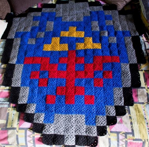 Crochet Patterns Nerdy : Zelda Link Hylian Shield Nerdy crochet pixel by CommanderCrochet