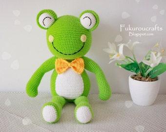 Pattern: Crochet Frog Doll