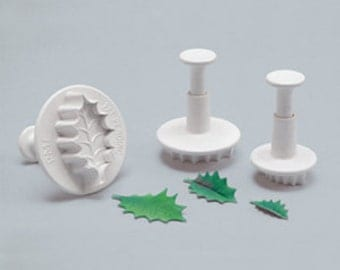 PME Veined Holly Leaf Plunger Cutter