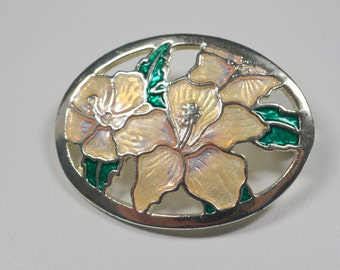 Vintage Cloisonne Brooch Pin White Flower Oval Pin Brooch Silvertone Cloisonne Vintage Pin Vintage Vintage Jewelry Spring