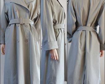 Vtg womans classic beige trench coat rain coat midi cute trench coat size medium