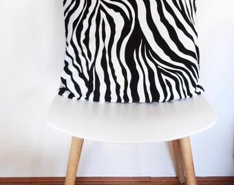Cushion Cover XL black/white 50 x 50 cm (19,69 x 19,69 inch)