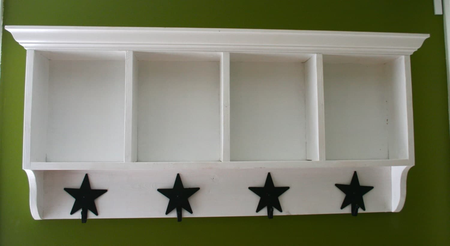 Country Style Cubby Shelf With Coat Rack By