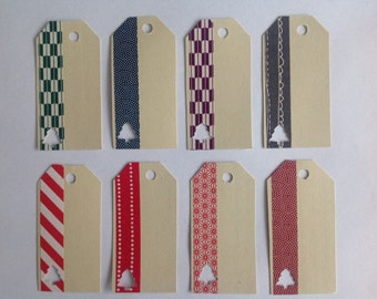 """KISS in the mailbox: pendulum """"Christmas tags"""" 8 different labels in a set."""