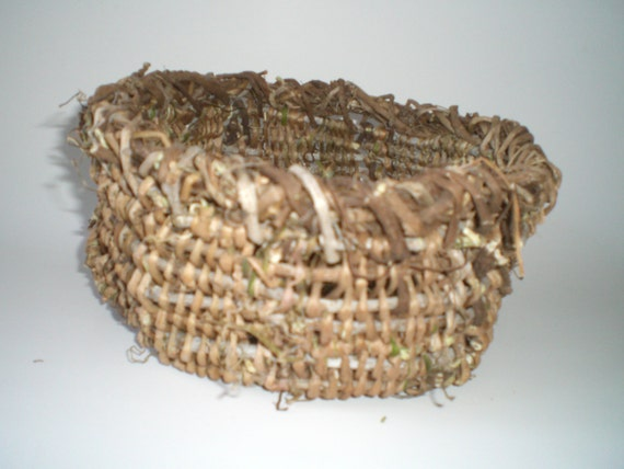 Basket Weaving Using Vines : Woven basket made with virginia creeper vines vcb by lady