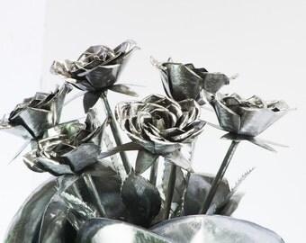 Six Metal Roses half dozen bouquet Engagement gift Iron art steel rose flower sculpture favor floral table centerpiece decoration home decor
