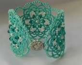 Green lace bracelet,turquoise bracelet,  tatted bracelet, tatting jewelry, tatting jewellery, bracelet, lace jewelry