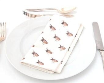 Set of four cotton napkins with polkadot robin design