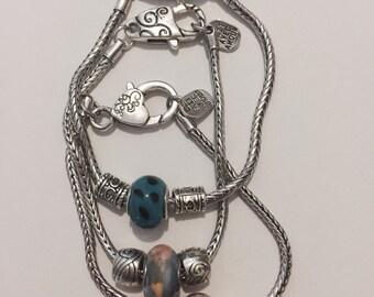 Beads on European Bracelet Fait Avec Amour