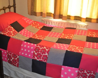 Patchwork Quilt Pink, Navy Red Vintage Retro Style Patchwork Quilt. Handmade Patchwork Quilt, Single Bed Patchwork Quilt. Pink Red Navy Quil