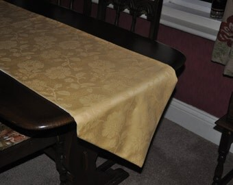 Table Runner in Gold Damask, Table Runner Antique Gold, Handmade Table Accessories, Antique Gold Table Runner, Antique Gold Place Mats