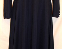 Traina Boutique Vintage Navy Beaded 1960s 1970s Gown Size 10
