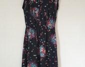Vintage Dress//Vintage Floral Dress//Vintage Day Dress//Vintage Dress Small//Handmade Vintage Dress//Mandarin Collar Vintage Dress