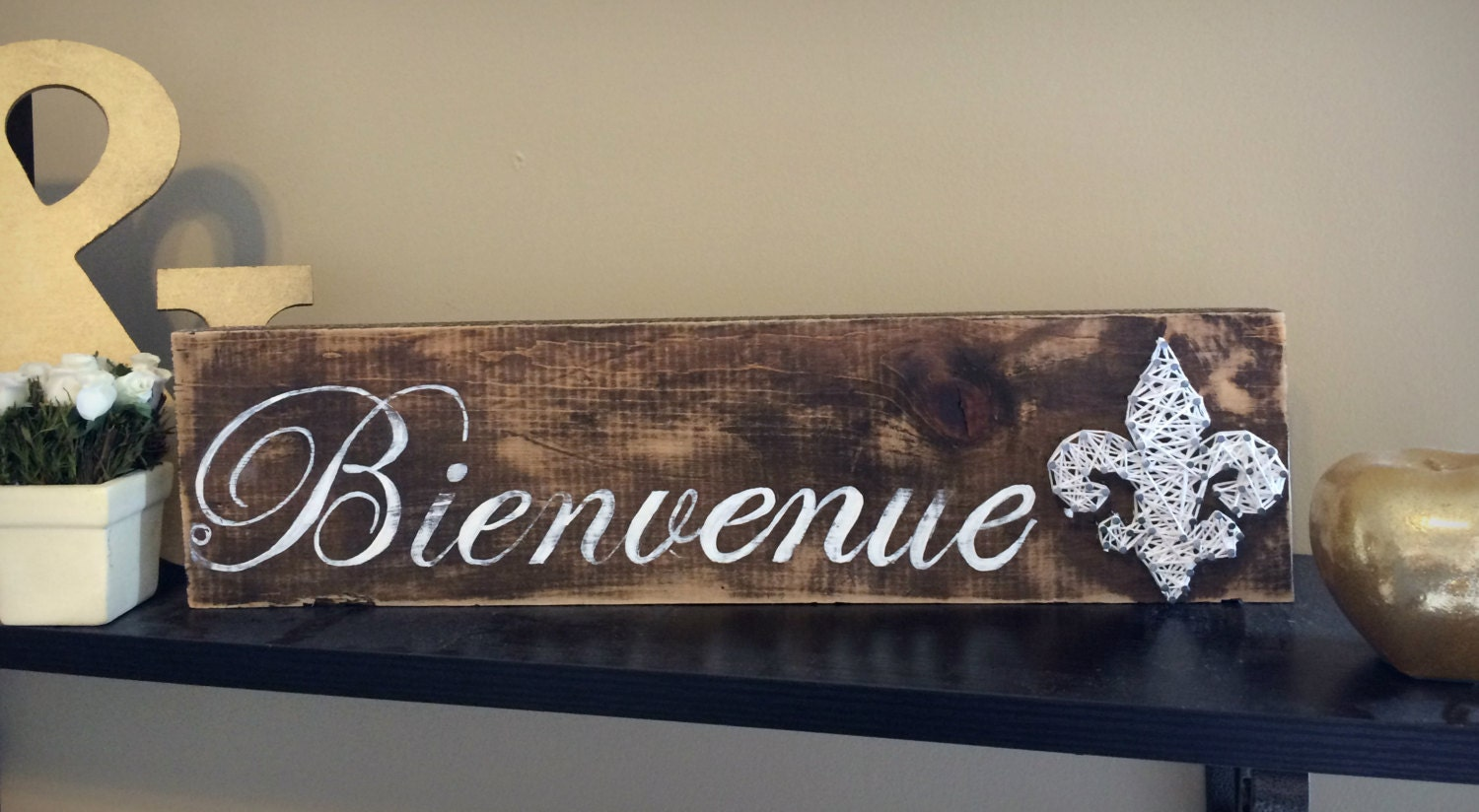 Bienvenue sign french wooden welcome sign rustic welcome for Kitchen decoration signs