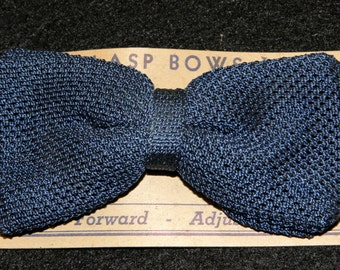 Vintage Mens Bow Tie Clip On Blue Textured