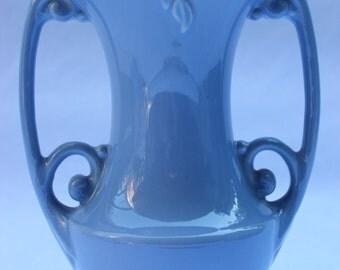Vintage ~ Classic ~ Art Deco ~ Light Blue  ~ Abingdon Pottery ~ Vase ~ Vintage American Art Pottery ~ Abingdon Blue Vase ~ Collectibles ~