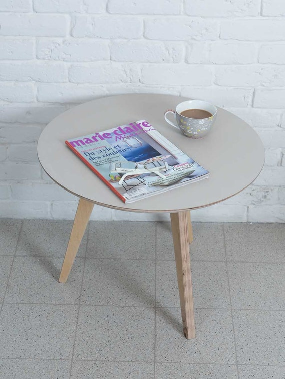 round coffee table grey coffee table wooden by tweelingenhomedecor. Black Bedroom Furniture Sets. Home Design Ideas