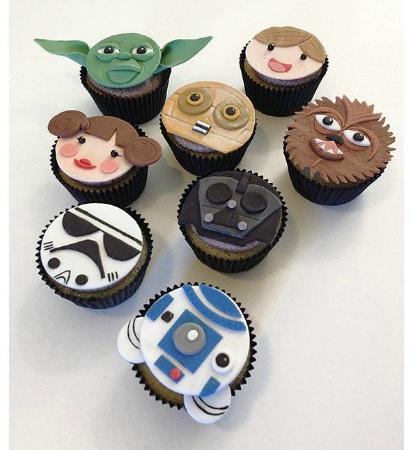 12 Star Wars Edible Fondant Cupcake Toppers