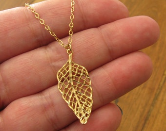 Gold necklace, Feather necklace, Gold filled necklace, leaf necklace, Dainty necklace, unique necklace, delicate necklace.
