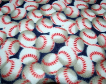 Baseball Fleece Blanket - No Sew Tie Quilt