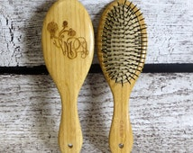 Oval Wooden Hair Brush Personalized - Bridesmaids Gifts- Womens Gift - Gifts for Girls - Flower Girl
