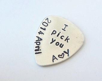 Guitar Pick Handstamped Personalized Guitar Pick - Music Lover Gift - I Pick You - Wedding Gift - Wedding Party Favor - Groom Gift
