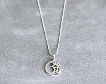 Sterling silver Om symbol circle pendant necklace on ball chain