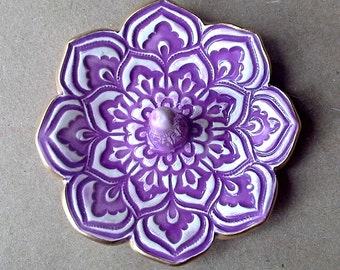 Purple  Ceramic Lotus Ring Holder Bowl with Gold Edge