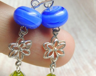 POCKET full of POSIES Handmade Lampwork Bead Earrings