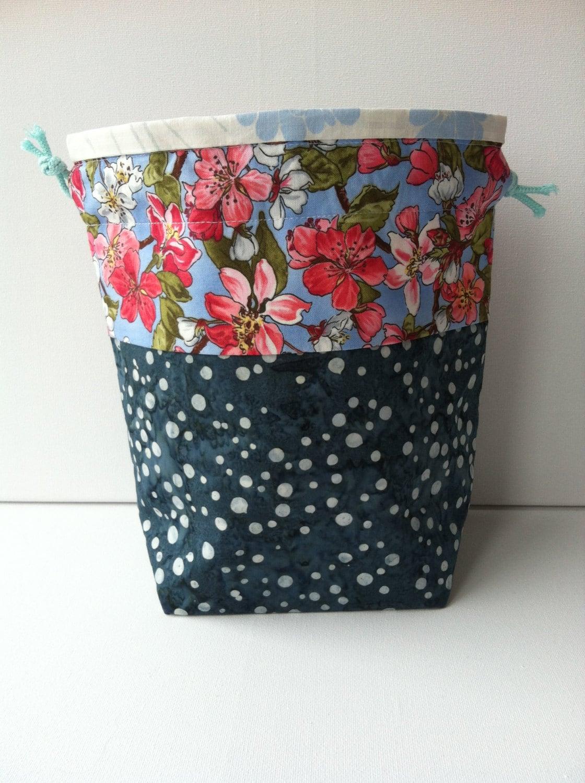 Knitting Pattern Small Drawstring Bag : Knitting Project Bag Drawstring Small by LowlandOriginals on Etsy