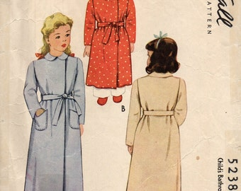 McCall 5238 Girl Size 4 Open Wrap 1940s Bathrobe Vintage 1943