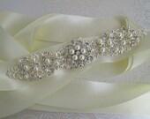 Pearl wedding sash bridal belt Crystal wedding dress sash Silver bridal belt crystal ivory sash Rhinestone ribbon sash jeweled