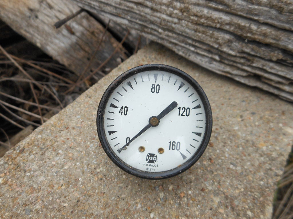 Fork Lift Gauge : Vintage industrial gauge steampunk chic