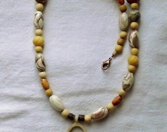 Neutral Tones beaded necklace with pendant