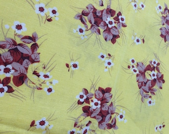 Vintage Feed Sack Feedsack - fabric - yellow cotton with russet burgandy and white flower bouquets - Shabby Cottage Chic