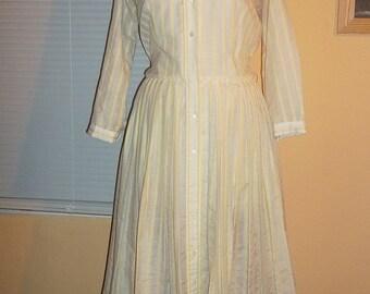 Jerry Gilden Vintage 50s Shirtwaist Dress White with Yellow Stripes Spectator Label Pleated Skirt XL B45