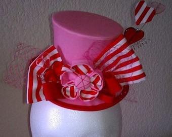 Miss Valarie - Mini Top Hat