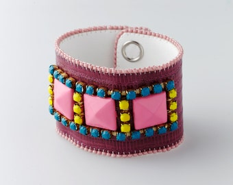 Handmade bead embroidered bracelet - Facets collection -